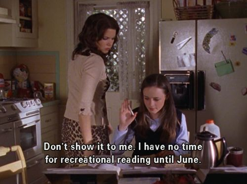 Gilmore Girls Reading.jpg